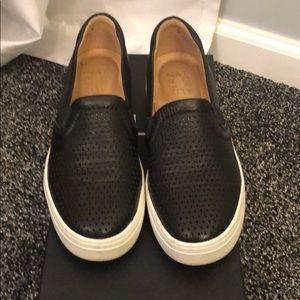 Naturalizer Slip on Sneaker